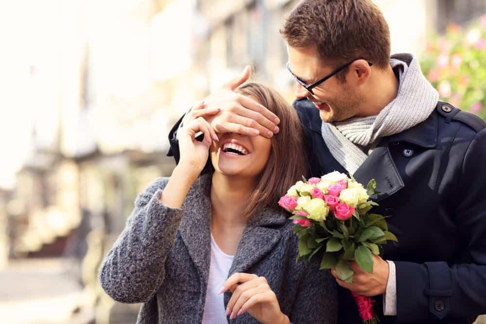 Kako primijetiti da je neko zaljubljen u vas