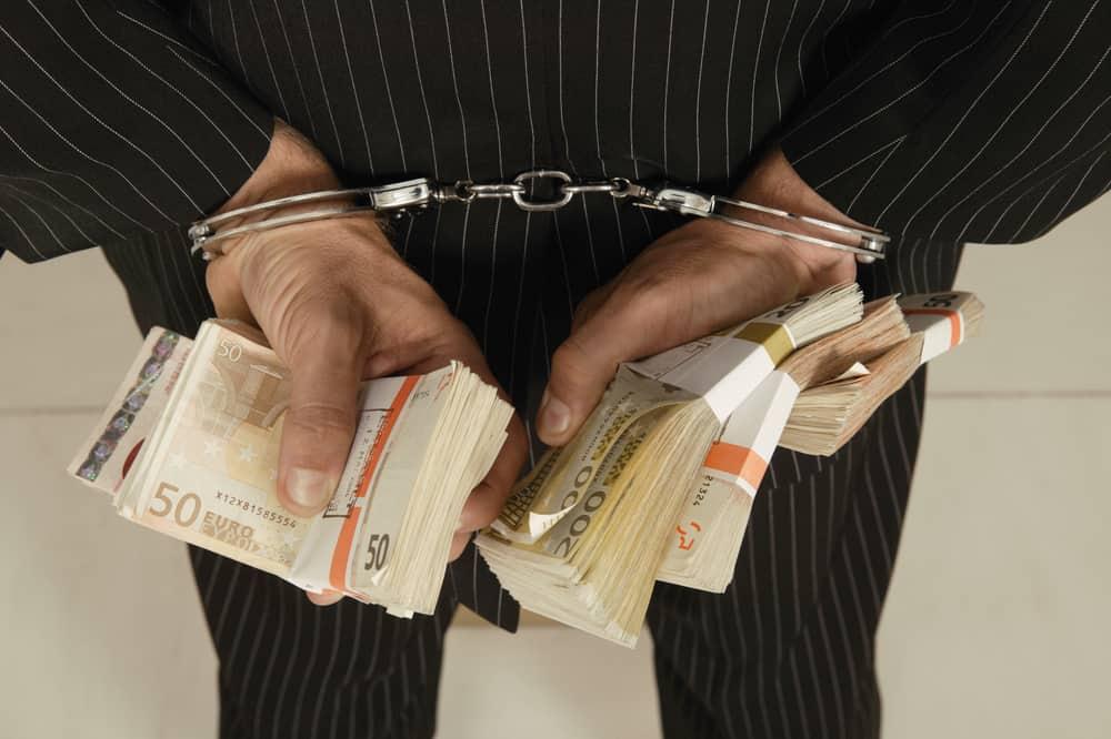 Kako zatvoriti obrt s dugom